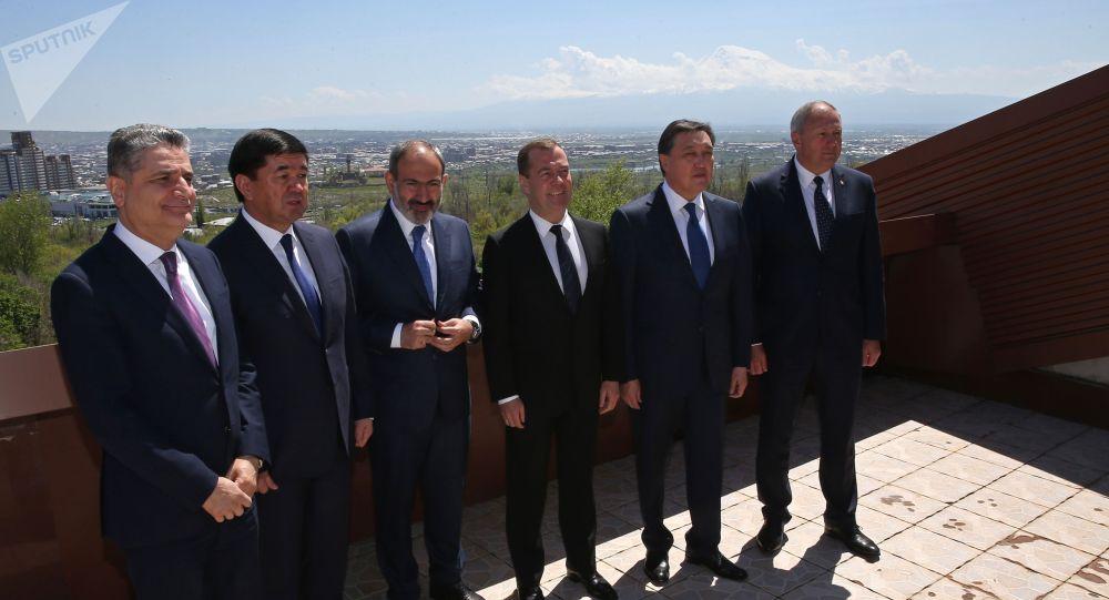 Премьер-министр Республики Казахстан Аскар Мамин принял участие в заседании Евразийского межправительственного совета в Ереване