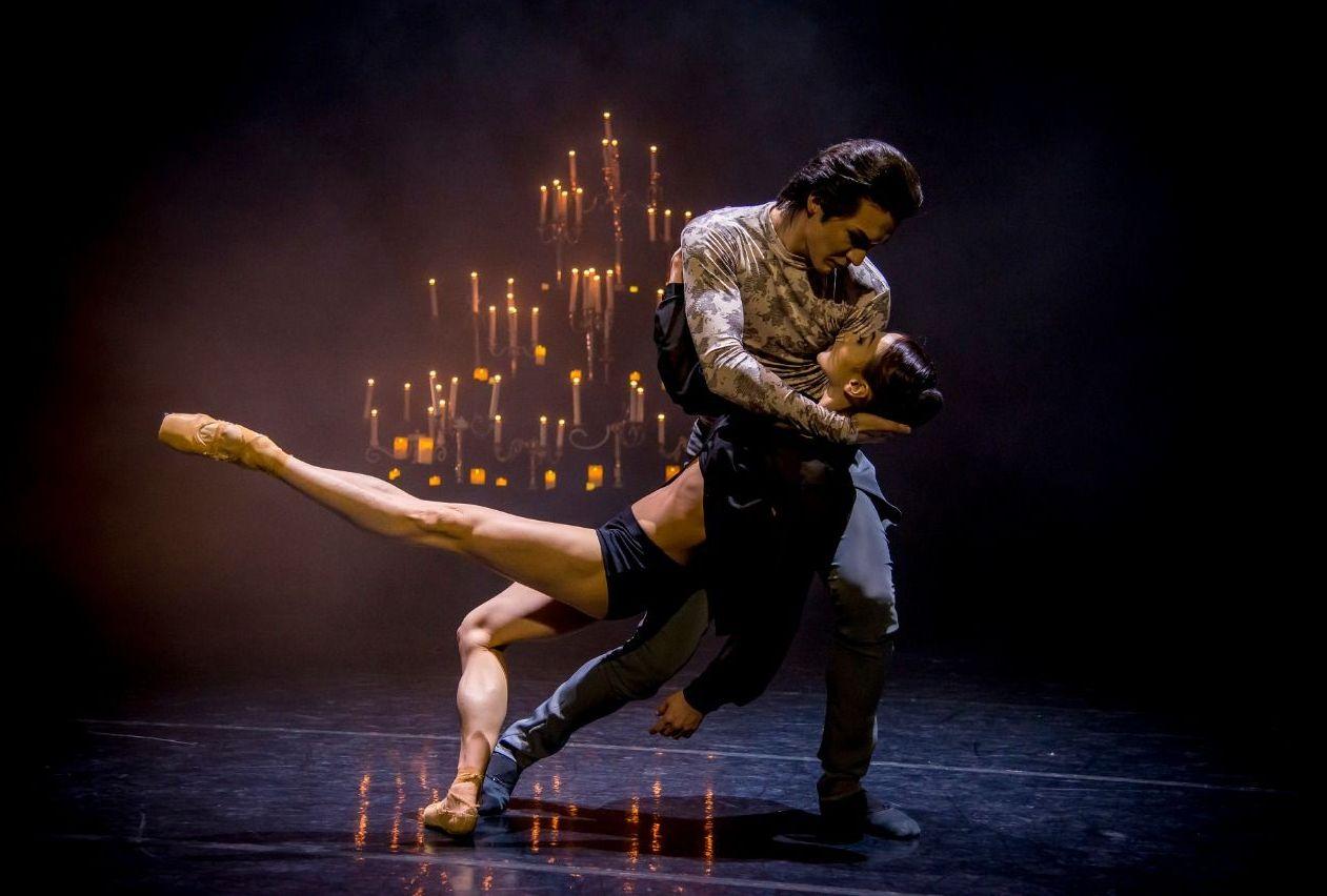 Артисты Астана Балет готовятся к премьере спектакля Путешествие памяти