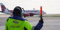 Самолет казахстанского лоукостера Fly Arystan