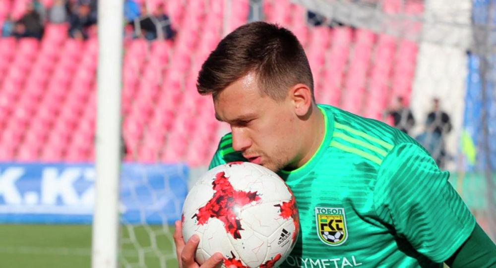 Игрок ФК Тобол Дмитрий Мирошниченко, получивший отравление
