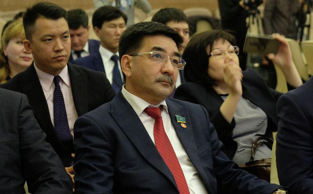 Кандидат в президенты от Коммунистической народной партии Казахстана Жамбыл Ахметбеков