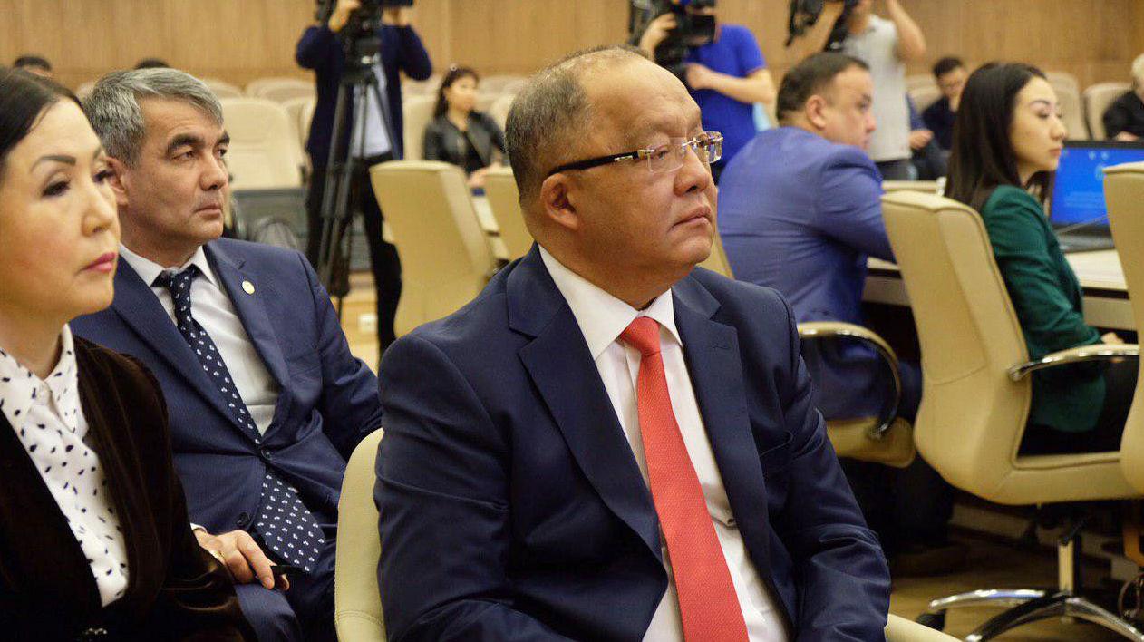 Кандидат в президенты Казахстана Толеутай Рахимбеков