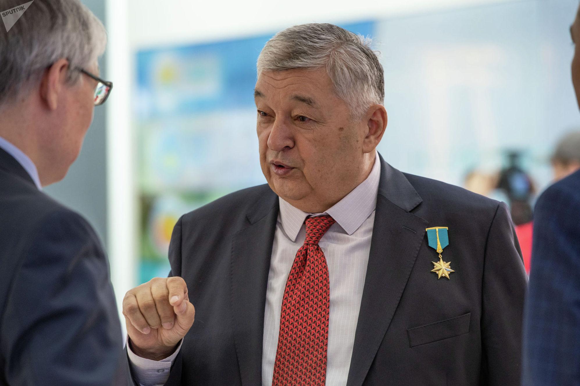 Мухтар Алтынбаев