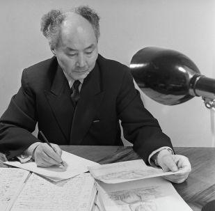 Қазақ археологиясының негізін қалаушы ғалым Әлкей Марғұлан
