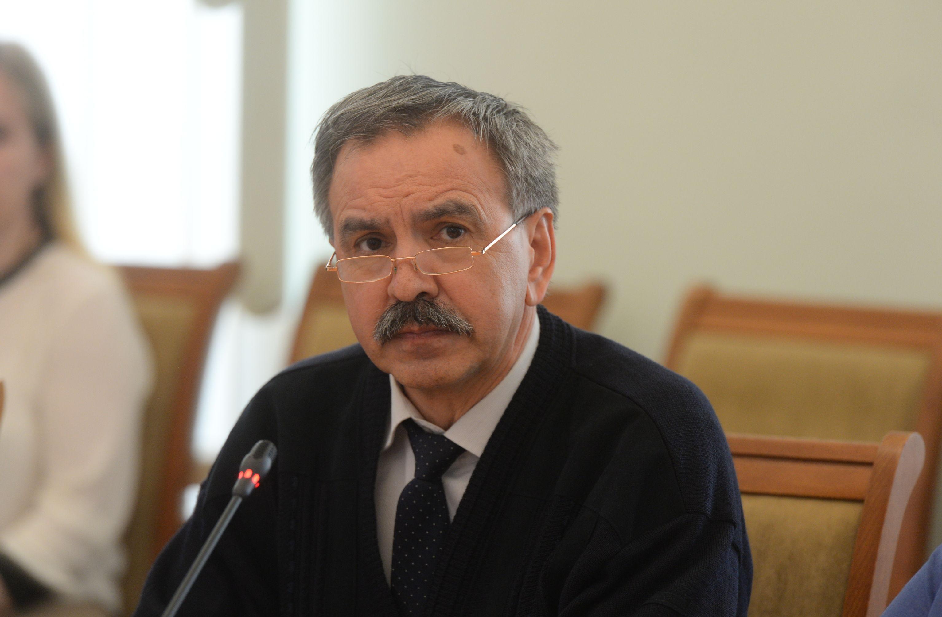 Замдиректора по экономвопросам Центрального НИИ организации и информатизации здравоохранения Фарит Кадыров