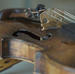 Как попала антикварная скрипка в руки столичного музыканта Абильханова?