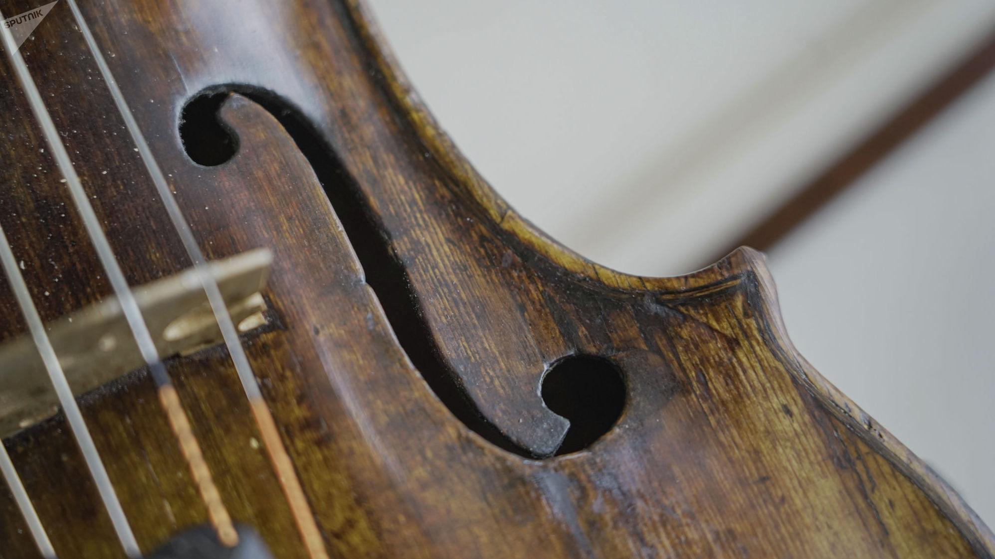 Ценность музыкального инструмента - в удивительном тембре и силе его звучания