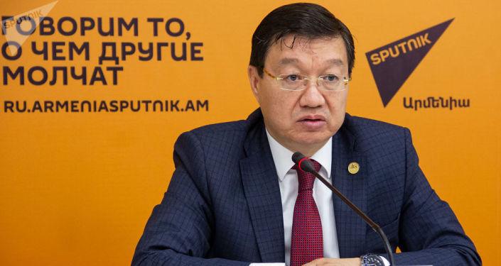 Чрезвычайный и полномочный посол Казахстана в Армении Тимур Уразаев