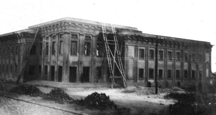 Строительство корпуса медицинского института, 1937 год