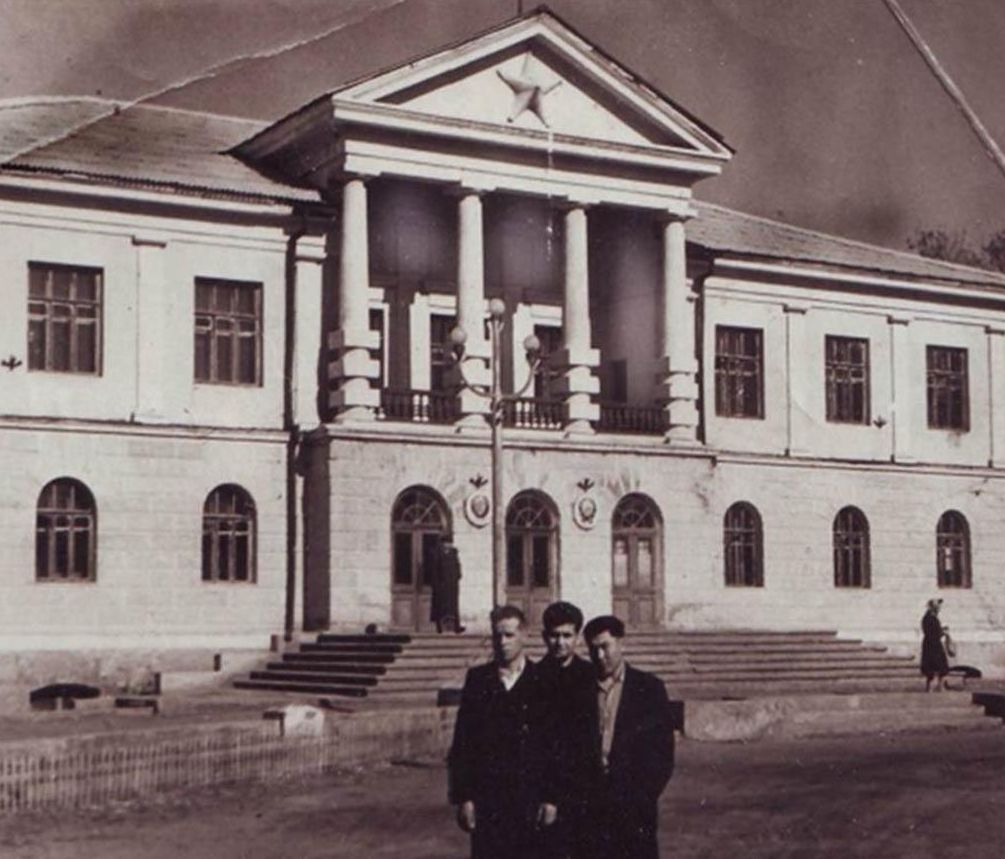 Здание управления НКВД Карлага