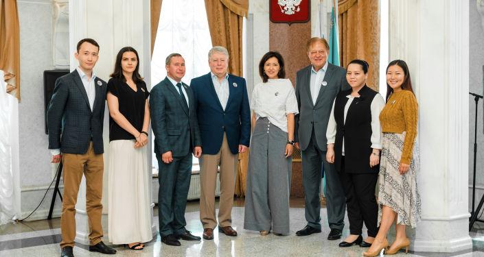 Посол России в Казахстане Алексей Бородавкин встретился с представителями казахстанской молодежи – участниками программы Новое поколение