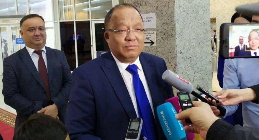 Нужно решать вопросы обновления законопроектов — Т.Рахимбеков