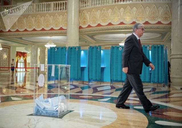 Касым-Жомарт Токаев проголосовал на выборах президента