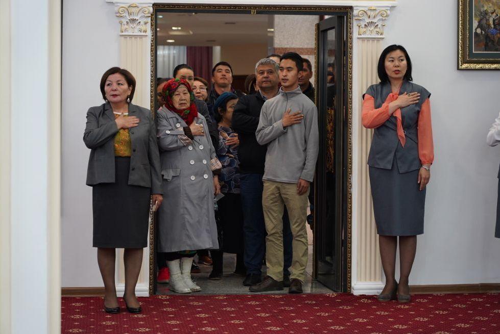 Выборы президента РК 2019: избирательные участки начали свою работу с исполнения гимна