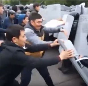 Митинги в Алматы и Нур-Султане