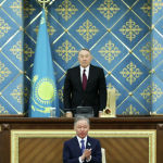 Спикер парламента Казахстана Касым-Жомарт Токаев приведен к присяге в качестве временного президента, 20 марта 2019 года