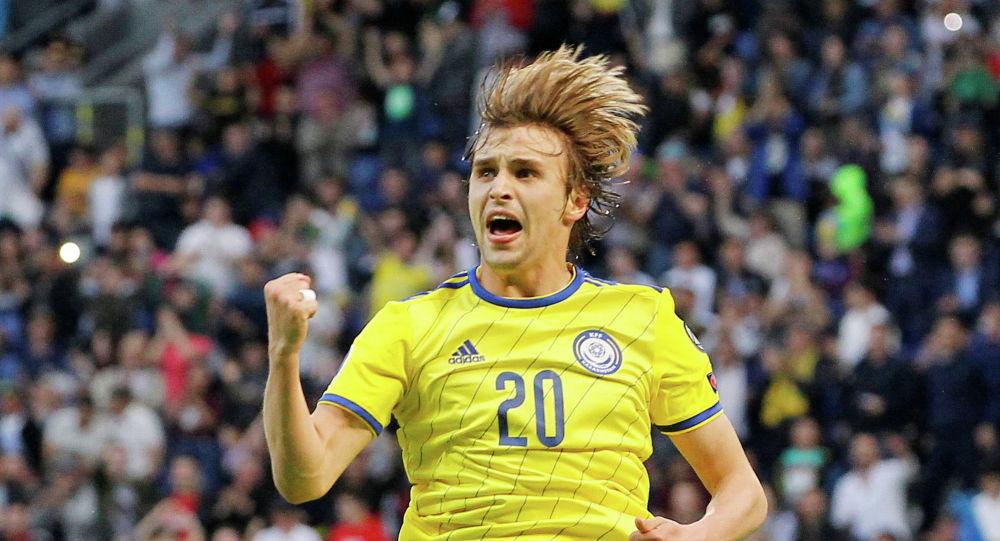 Игрок сборной Казахстана Максим Федин