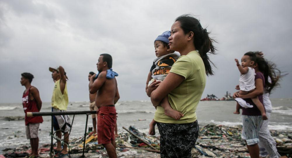 Базилио Сепе, Филиппины. Прибрежный дозор. Главные новости/Одиночные фотографии