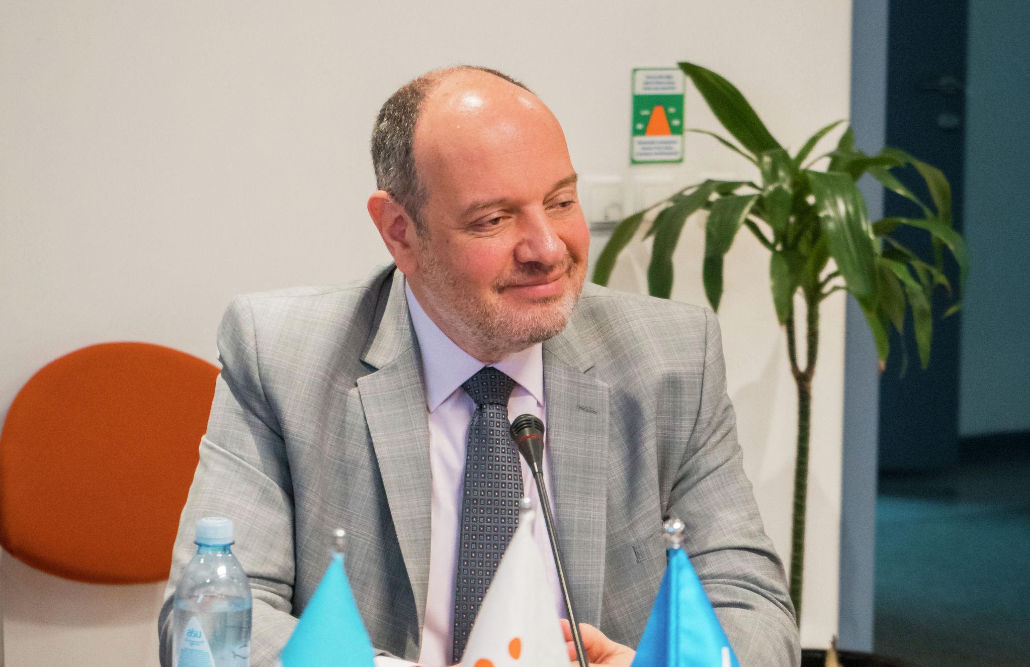 Мы растем вместе со своими детьми. Мы учимся падать и снова подниматься, - глава Детского фонда ООН (ЮНИСЕФ) в Казахстане Артур ван Дизен