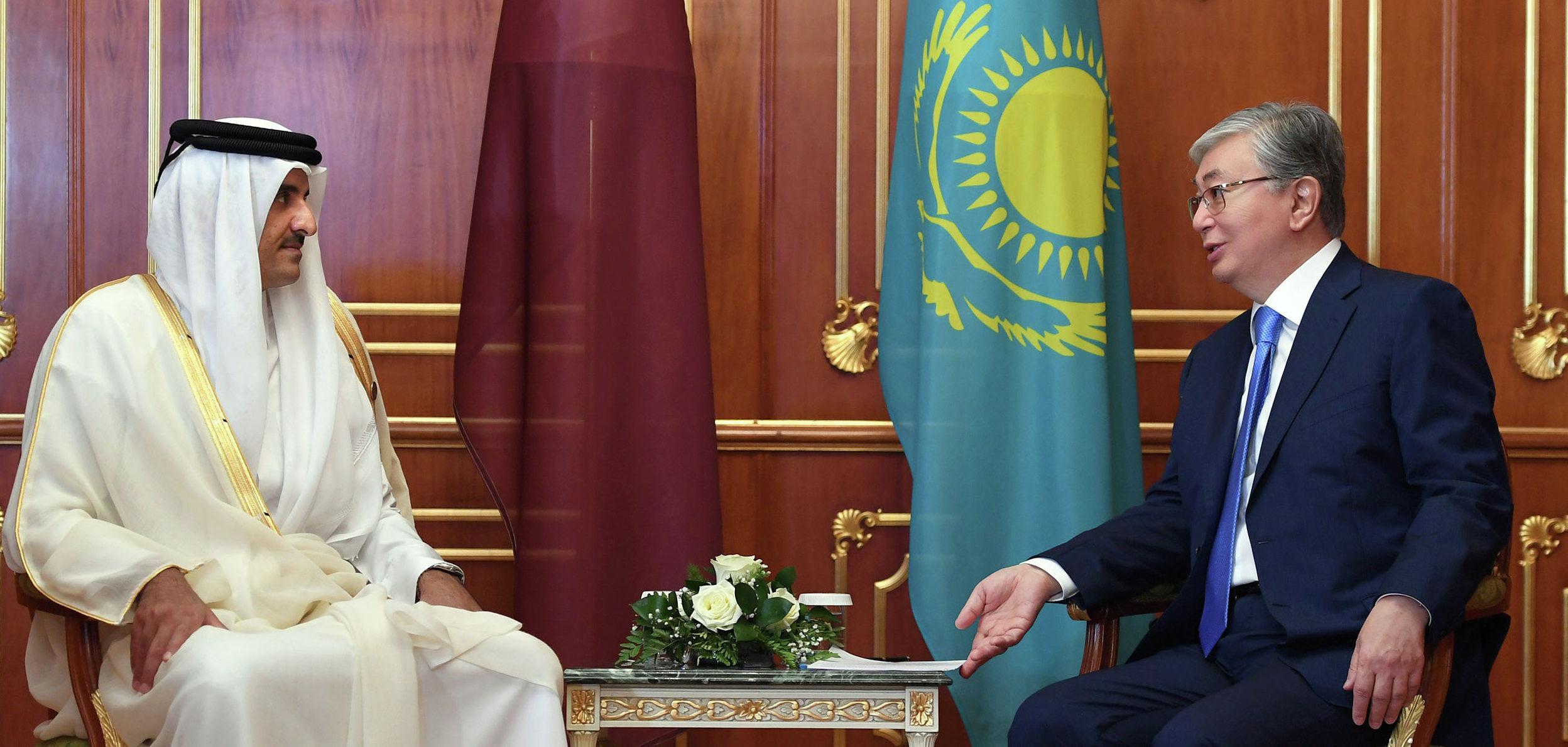 Президент Казахстана Касым-Жомарт Токаев на встрече с Эмиром Катара Тамимом бен Хамадом Аль Тани