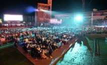 VIP-зона и зрители фестиваля Star of Asia