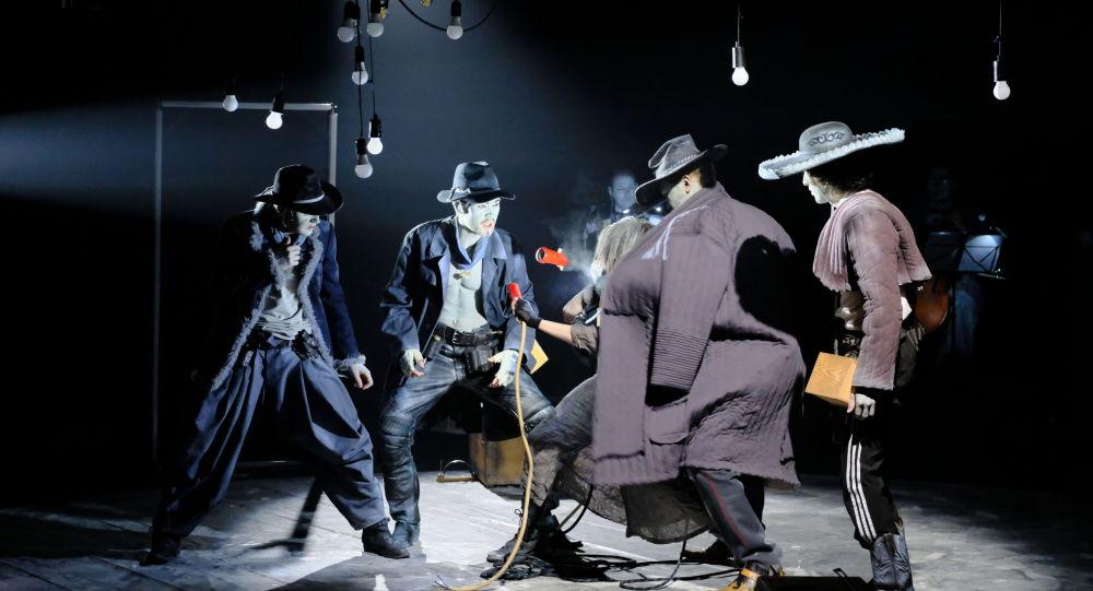 Сцена из камерной оперы Ер Тостик