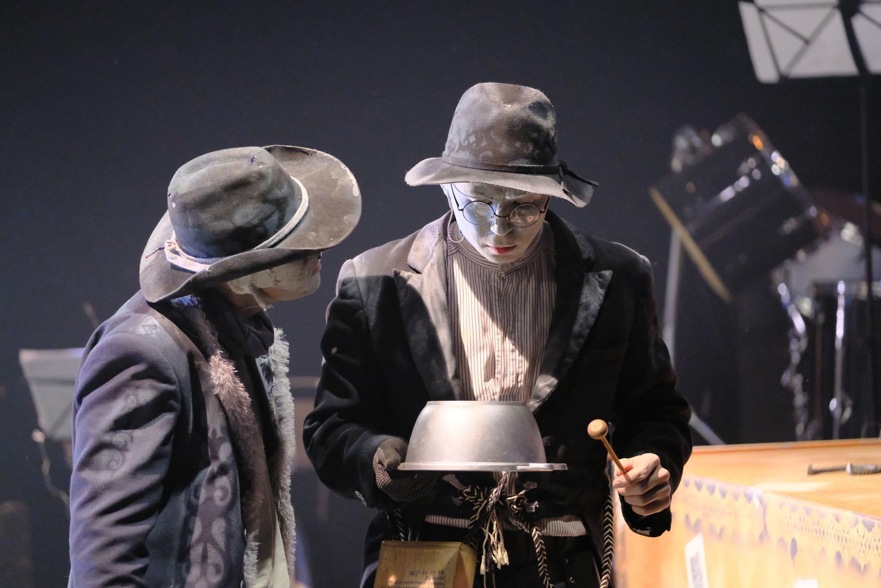 Сцена из оперы Ер Тостик