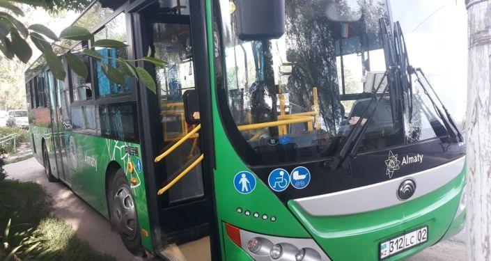 Наезд автобуса на ребенка