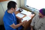 Врачи поезда Денсаулык принимают пациентов