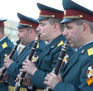 Лучшие военные оркестры Казахстана, Монголии и России участвуют в фестивале духовых инструментов