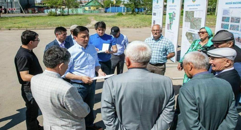 Аким Нур-Султана Алтай Кульгинов встретился с жителями окраин