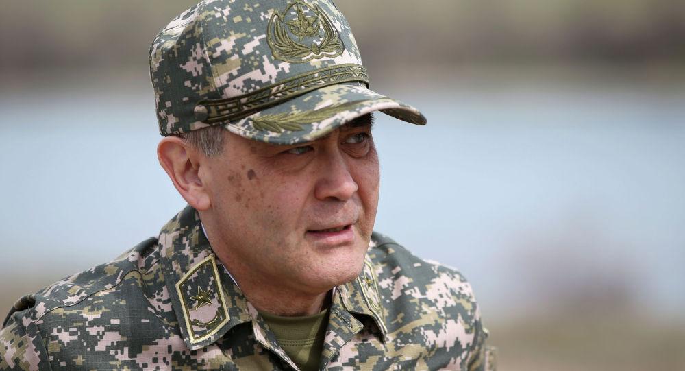 Министр обороны РК Нурлан Ермекбаев