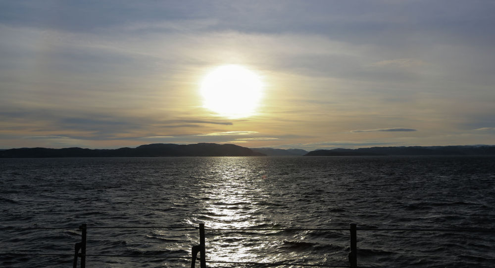 Вид на море с корабля Северного флота Североморск, архивное фото