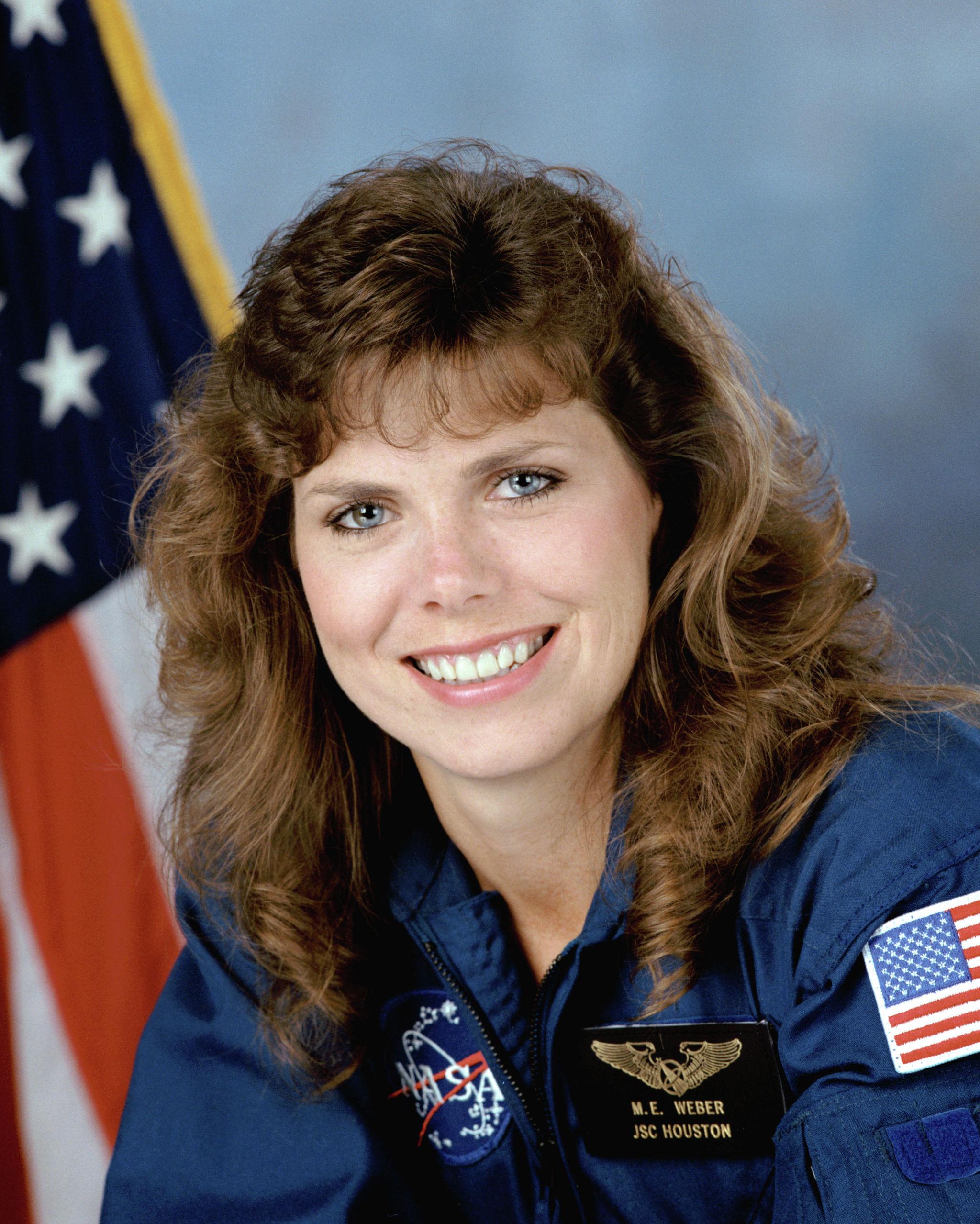Мэри Эллен Вебер дважды побывала в космосе