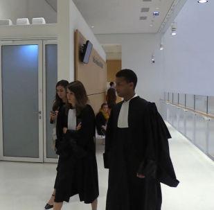 Принцессу-насильницу из Саудовской Аравии судят за издевательства над декоратором - видео