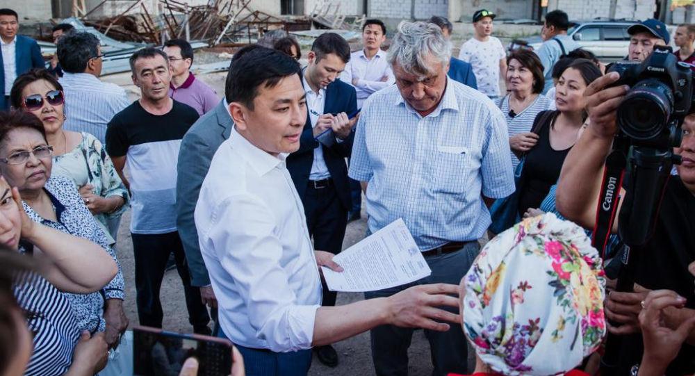 Аким Нур-Султана Алтай Кульгинов встретился с дольщиками