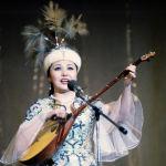 Каламба Рахимова - Гүлдер эстрадалық ансамблінің әншісі