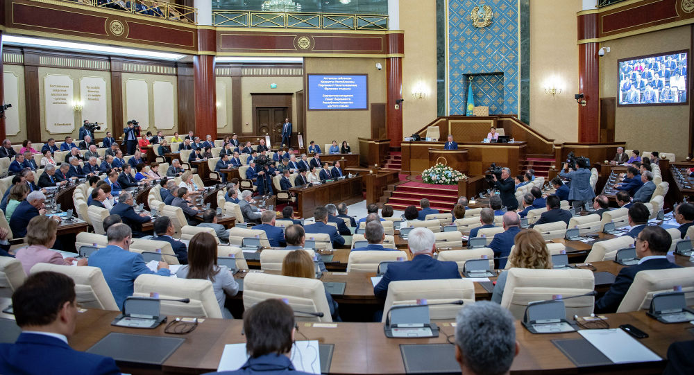 Сменился руководитель представительства президента в парламенте Казахстана