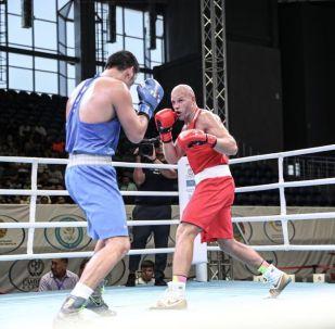Самым интересным поединком финала стал бой в весе до 91 килограмма между серебряным призёром Олимпиады Василием Левитом и чемпионом юношеских Олимпийских игр Айбеком Оралбаем