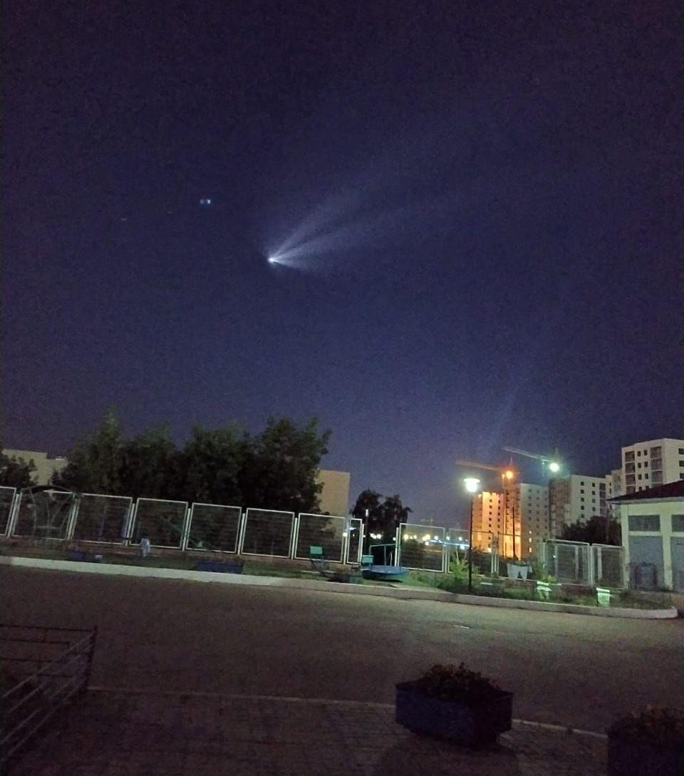 Светящийся движущийся объект могли наблюдать в небе жители большей части территории Казахстана