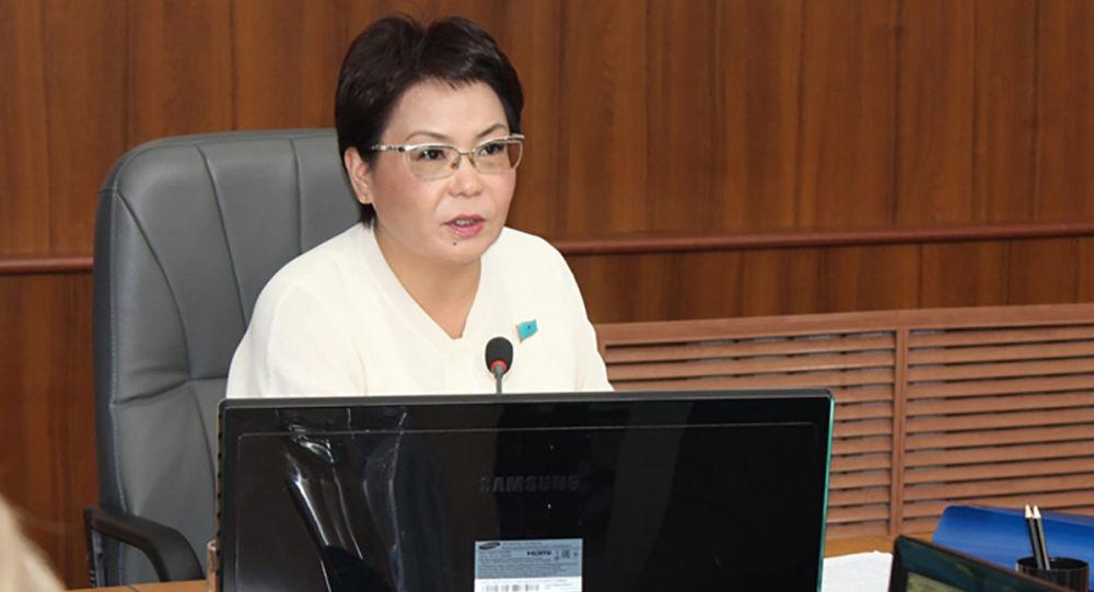 Депутат Гульнар Бижанова