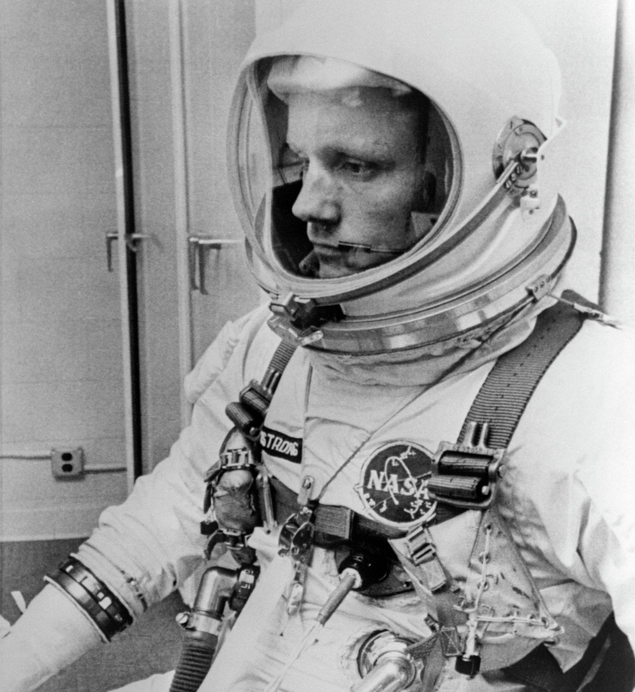 Астронавт NASA Нил Армстронг