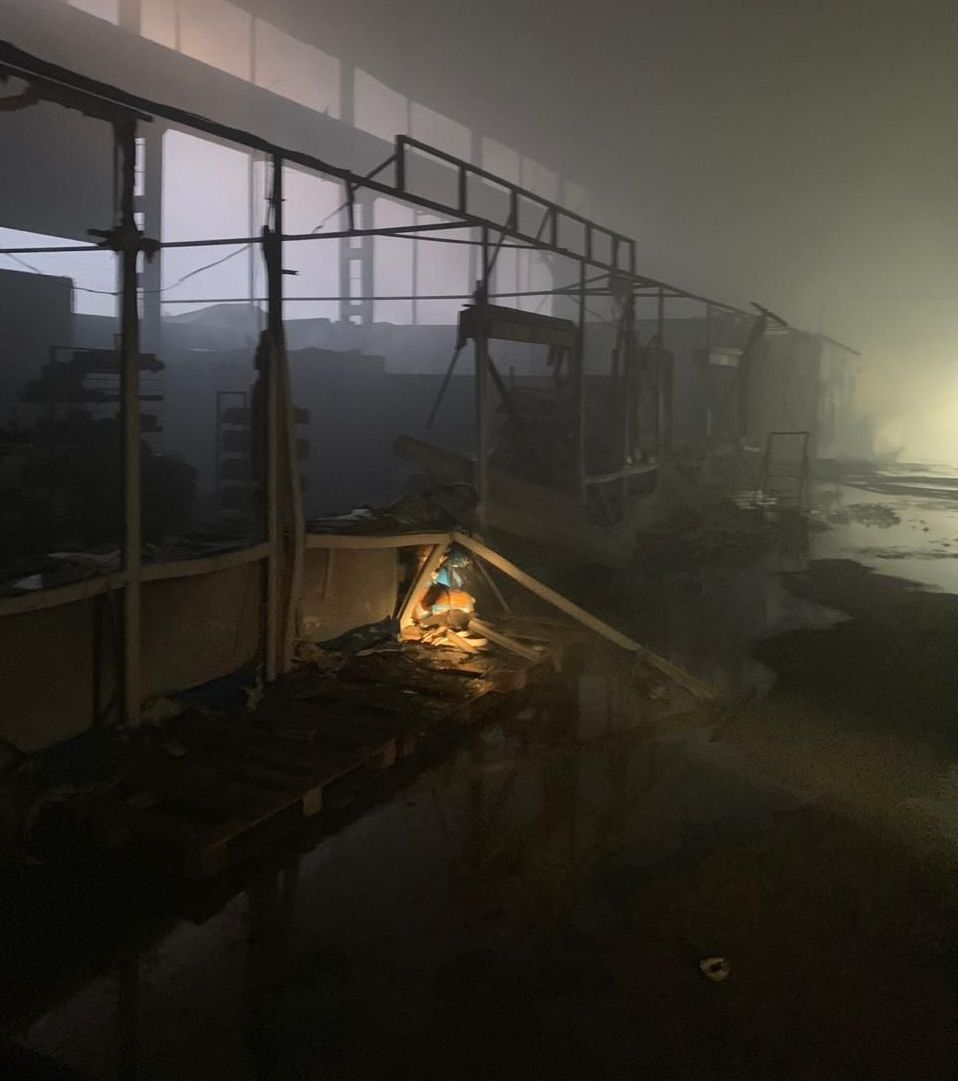 На месте крупного пожара на рынке в Нур-Султане
