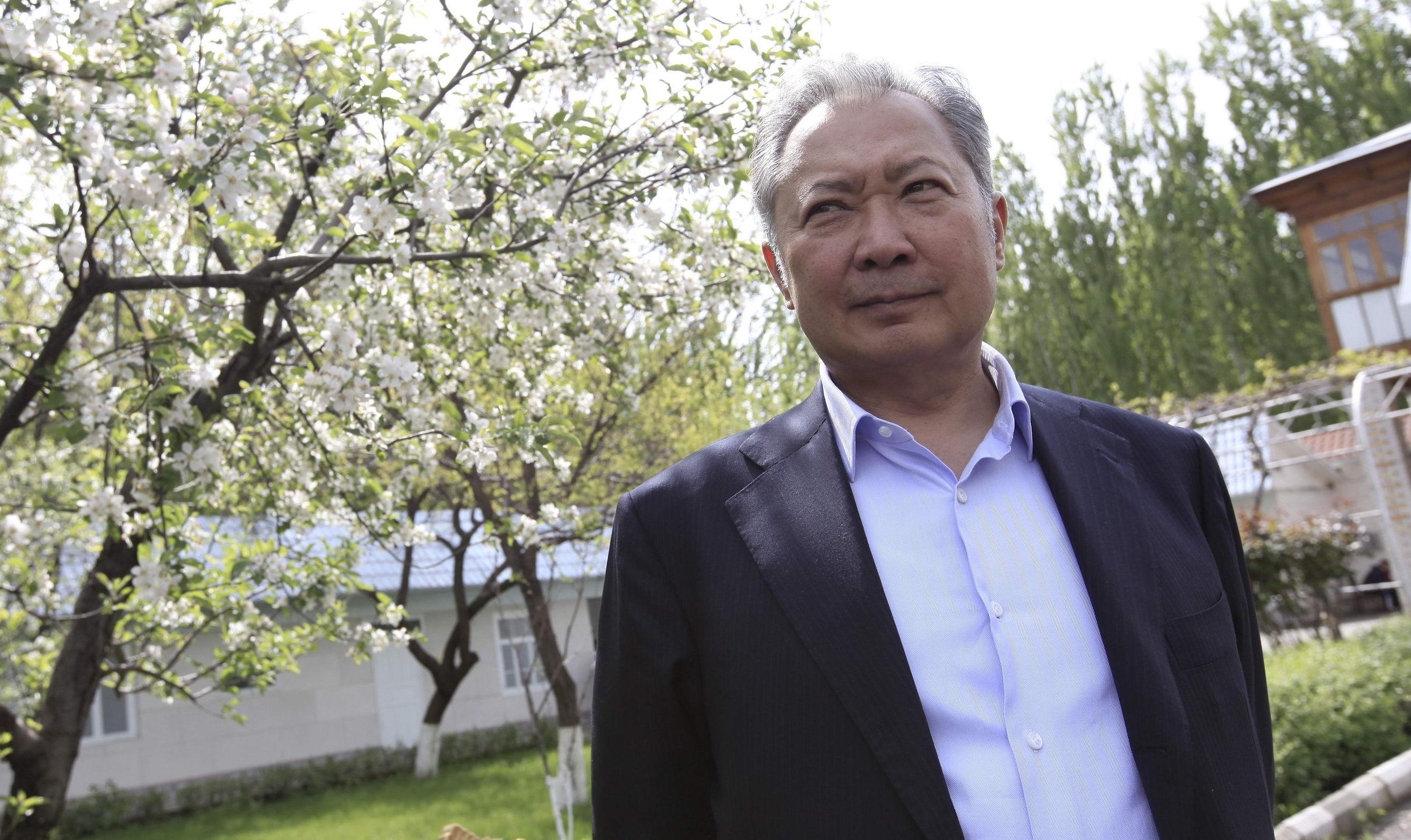 Отстраненный от власти президент Киргизии Курманбек Бакиеввыступил с интервью