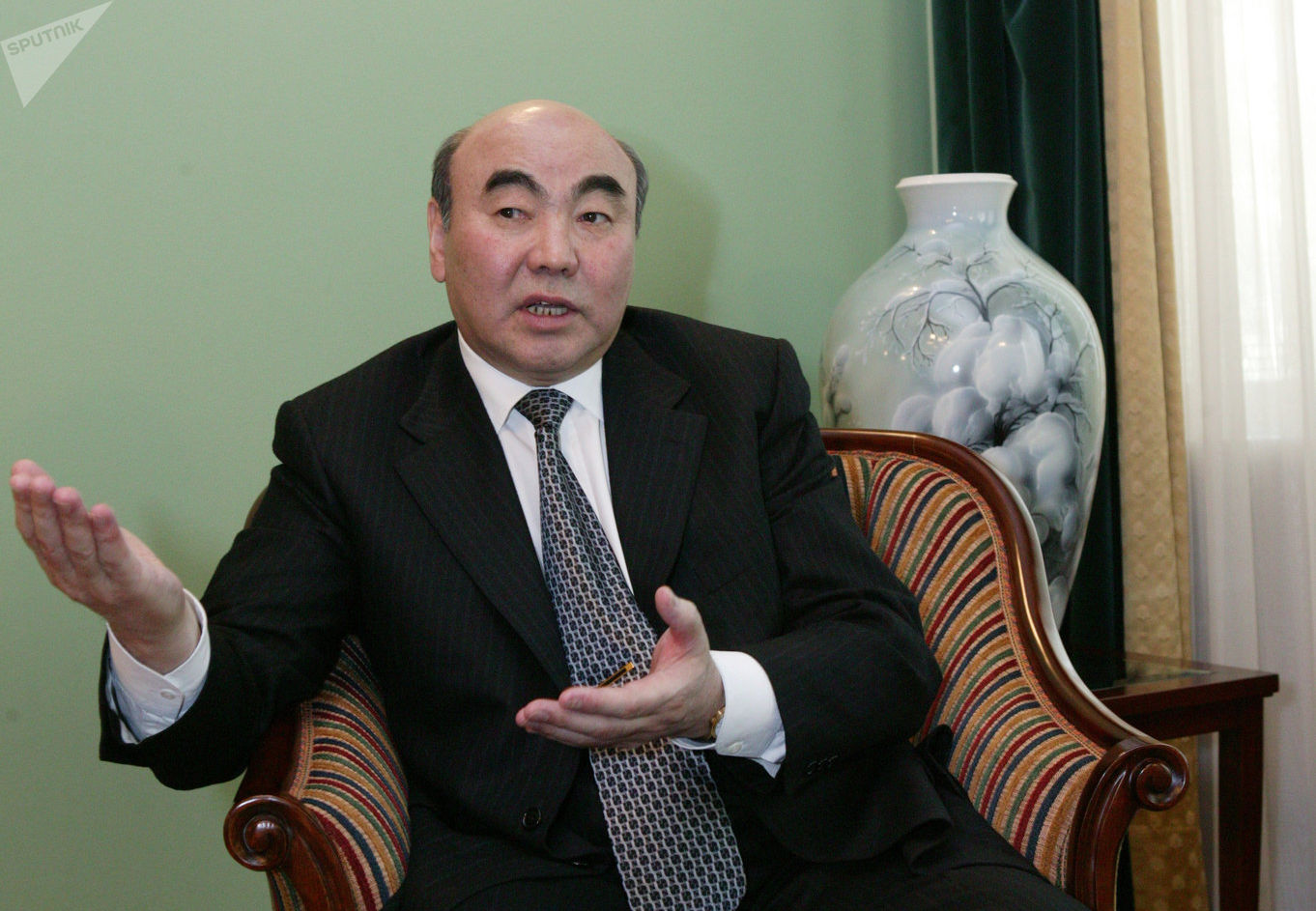 Экс-президент Киргизии Аскар Акаев. Архивное фото