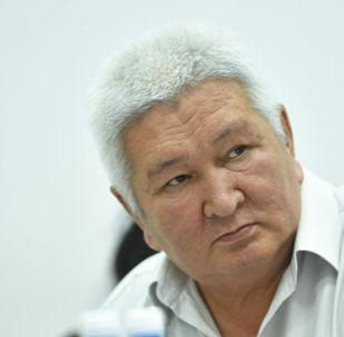 Экс-премьер-министр и бывший глава МНБ (ныне ГКНБ) генерал-лейтенант Феликс Кулов