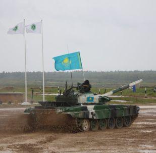 Казахстанские военные на Танковом биатлоне