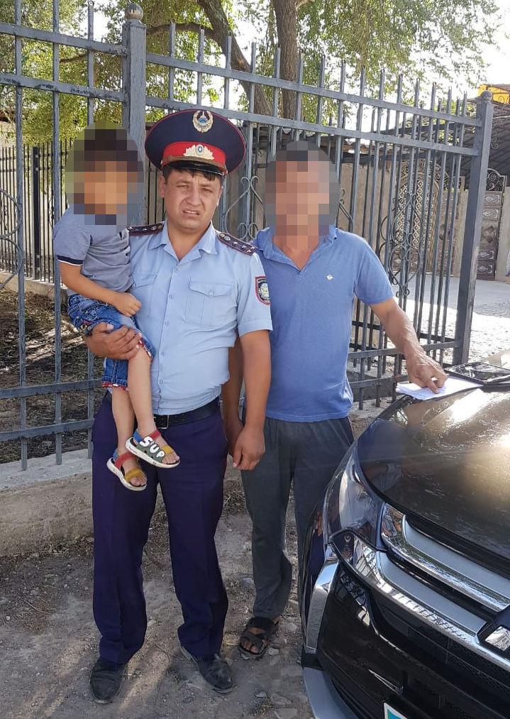 Шымкентские полицейские нашли потерявшегося ребенка
