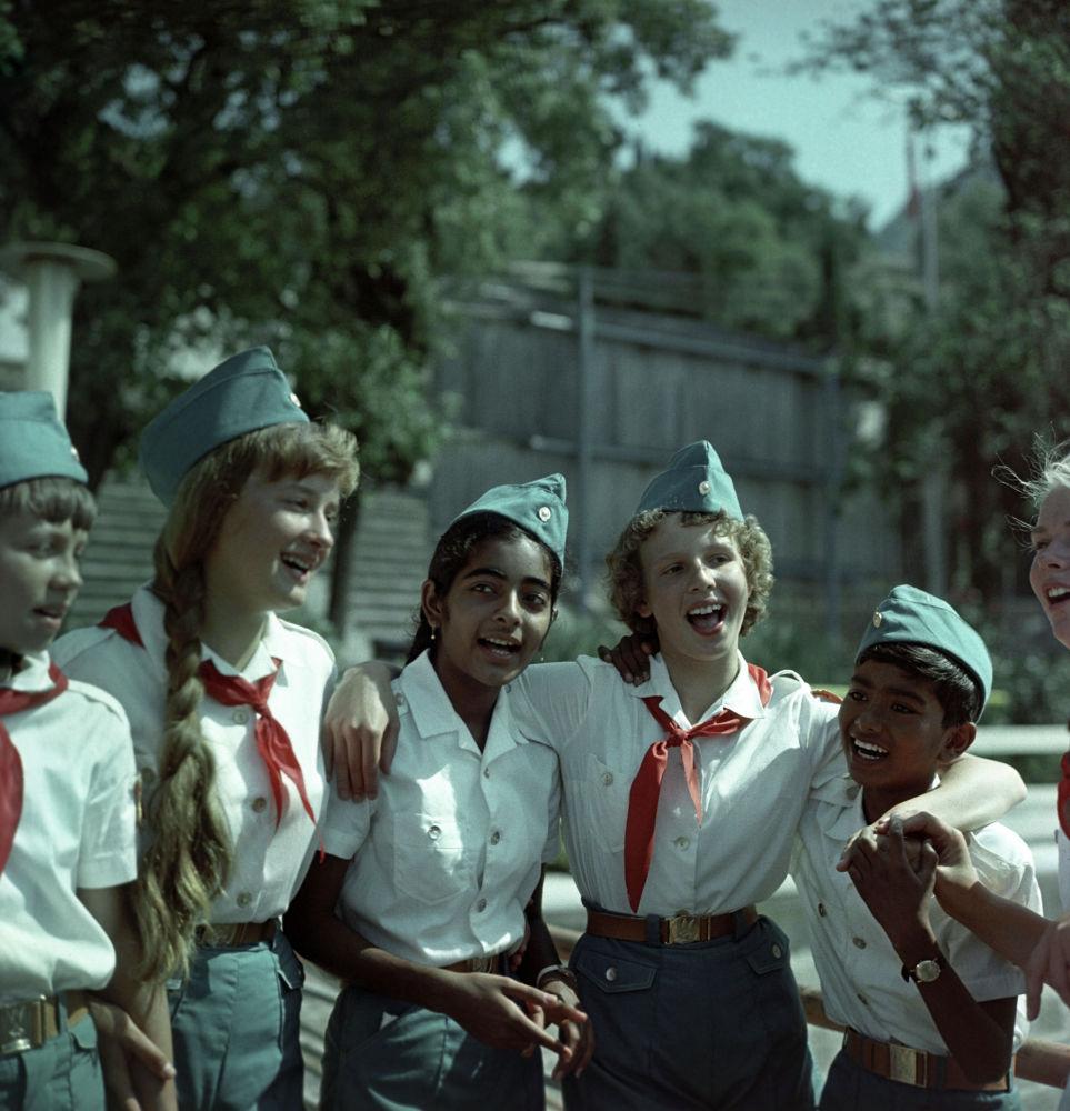 Всесоюзный пионерский лагерь имени В.И. Ленина Артек в Крыму