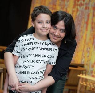 Даниил Купч с мамой
